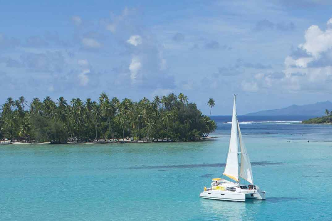 tahiti-cruises-sailing