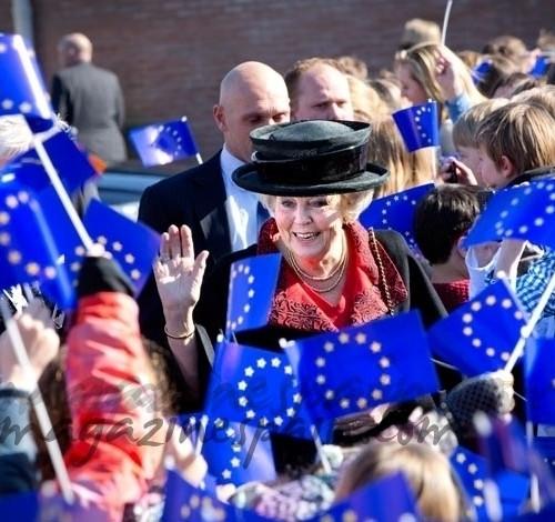 Beatriz, Reina de Holanda