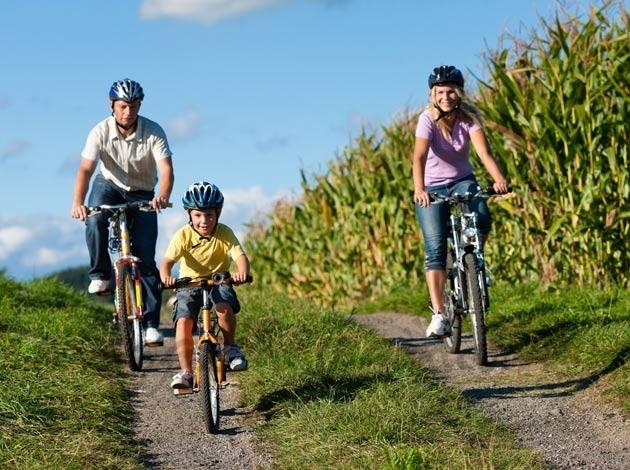 Turismo en bici … Nace «BikeFriendly»