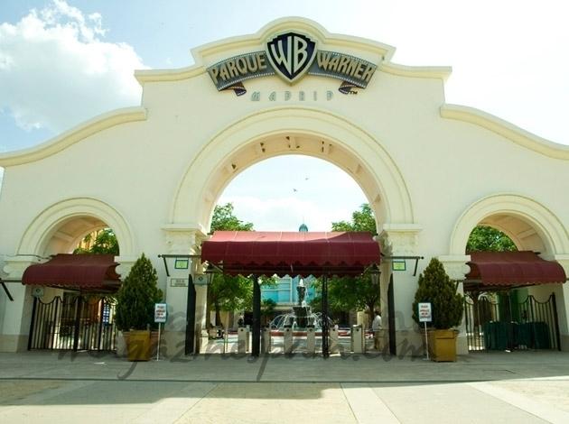 Parque Warner estrena su temporada 2013