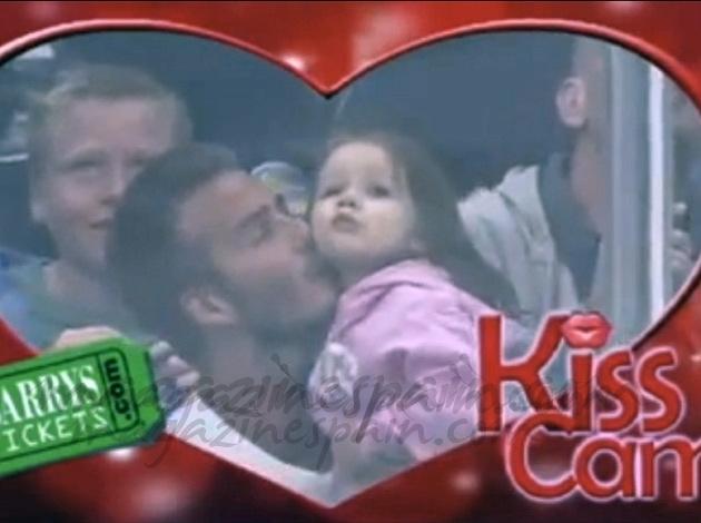 El tierno beso de David Beckham a Harper Seven