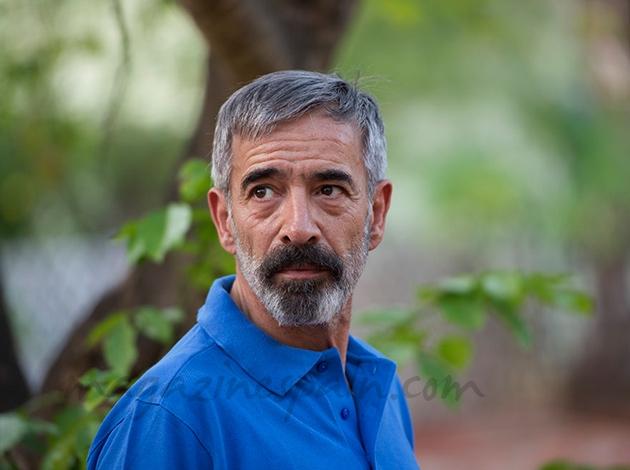 Imanol Arias en la piel de Vicente Ferrer