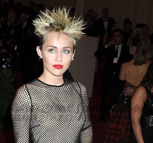 ¿Y cuál fue el peinado más punk?