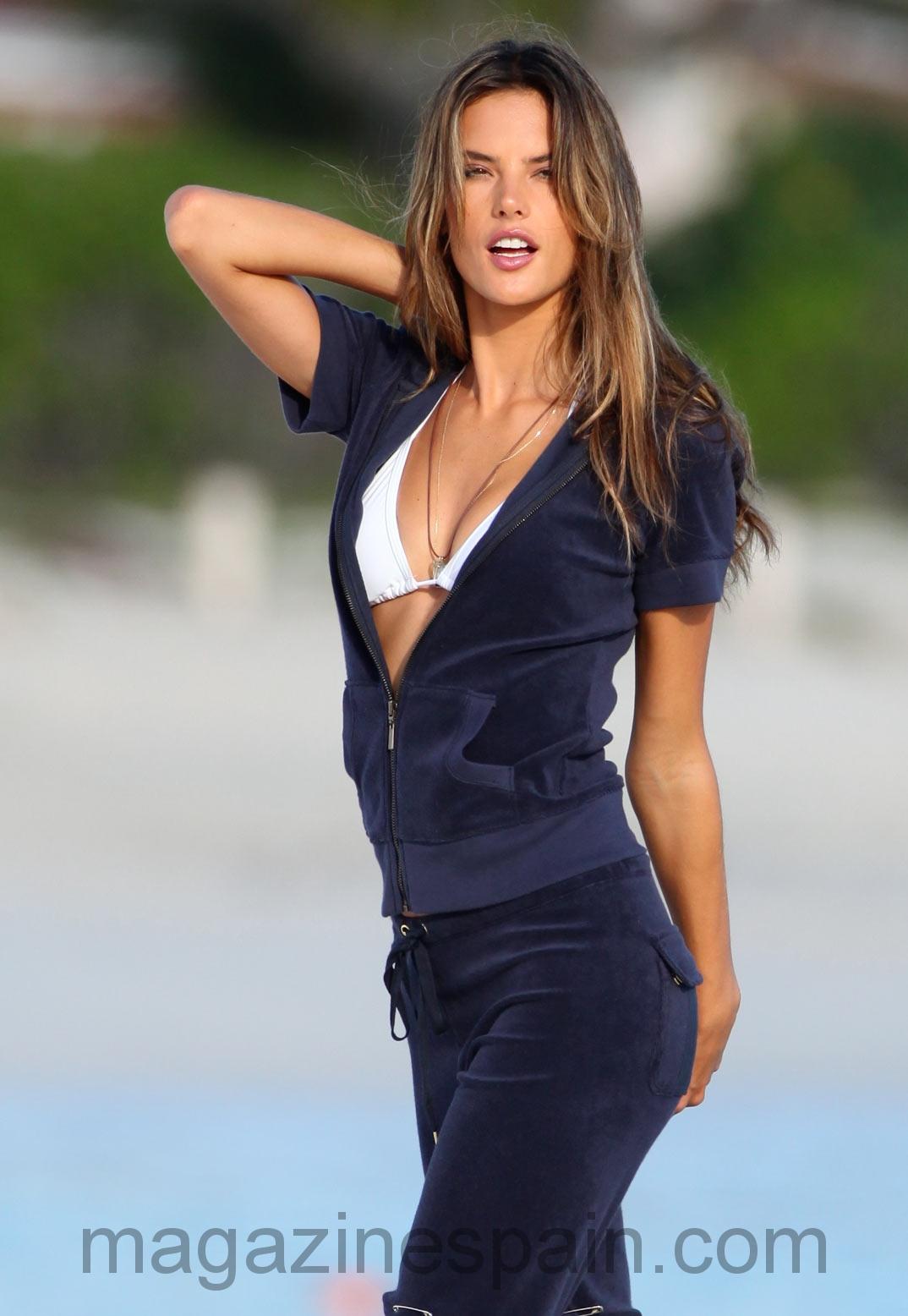 Alessandra Ambrosio 2005