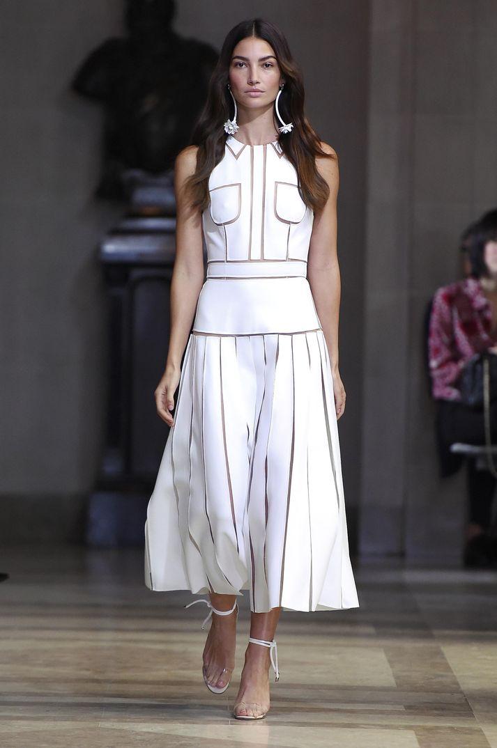 New York Fashion Week 2015: Carolina Herrera Primavera ...