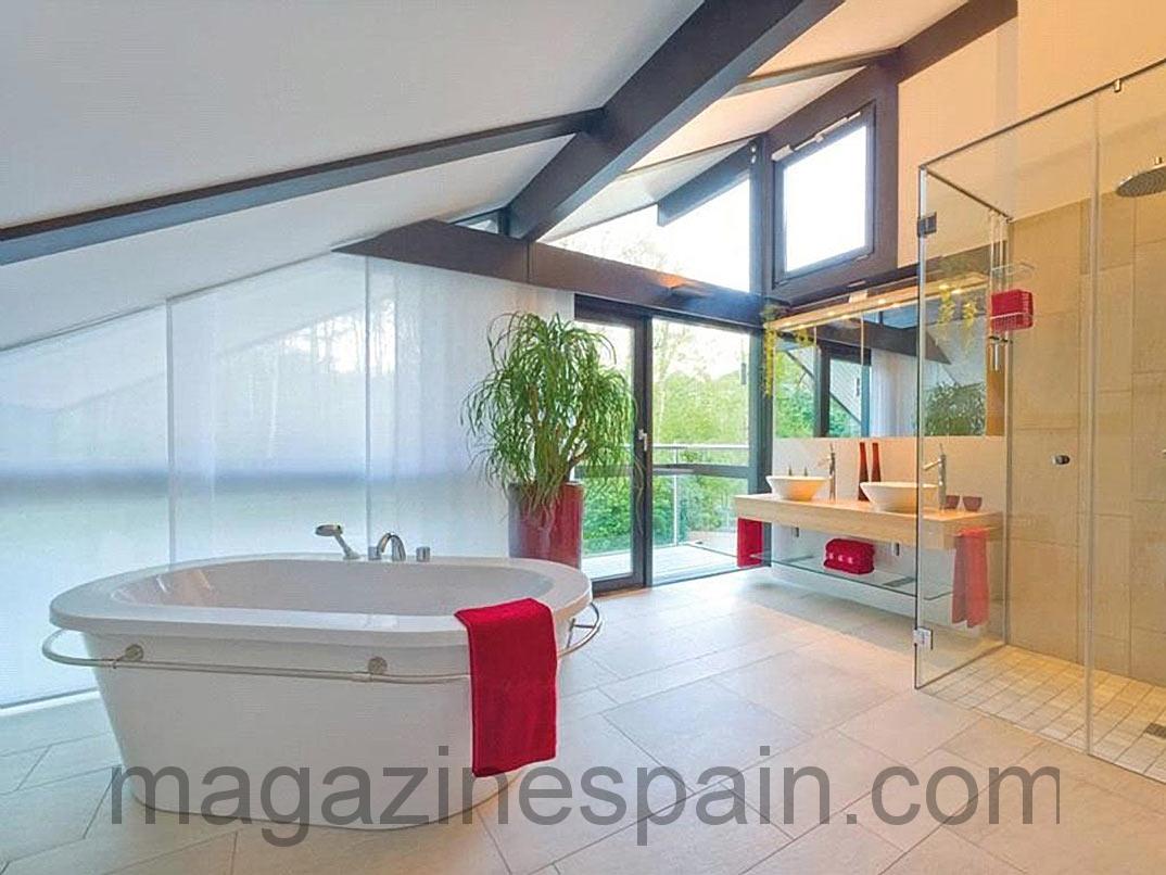 La espectacular mansión de Antonio Banderas en la campiña