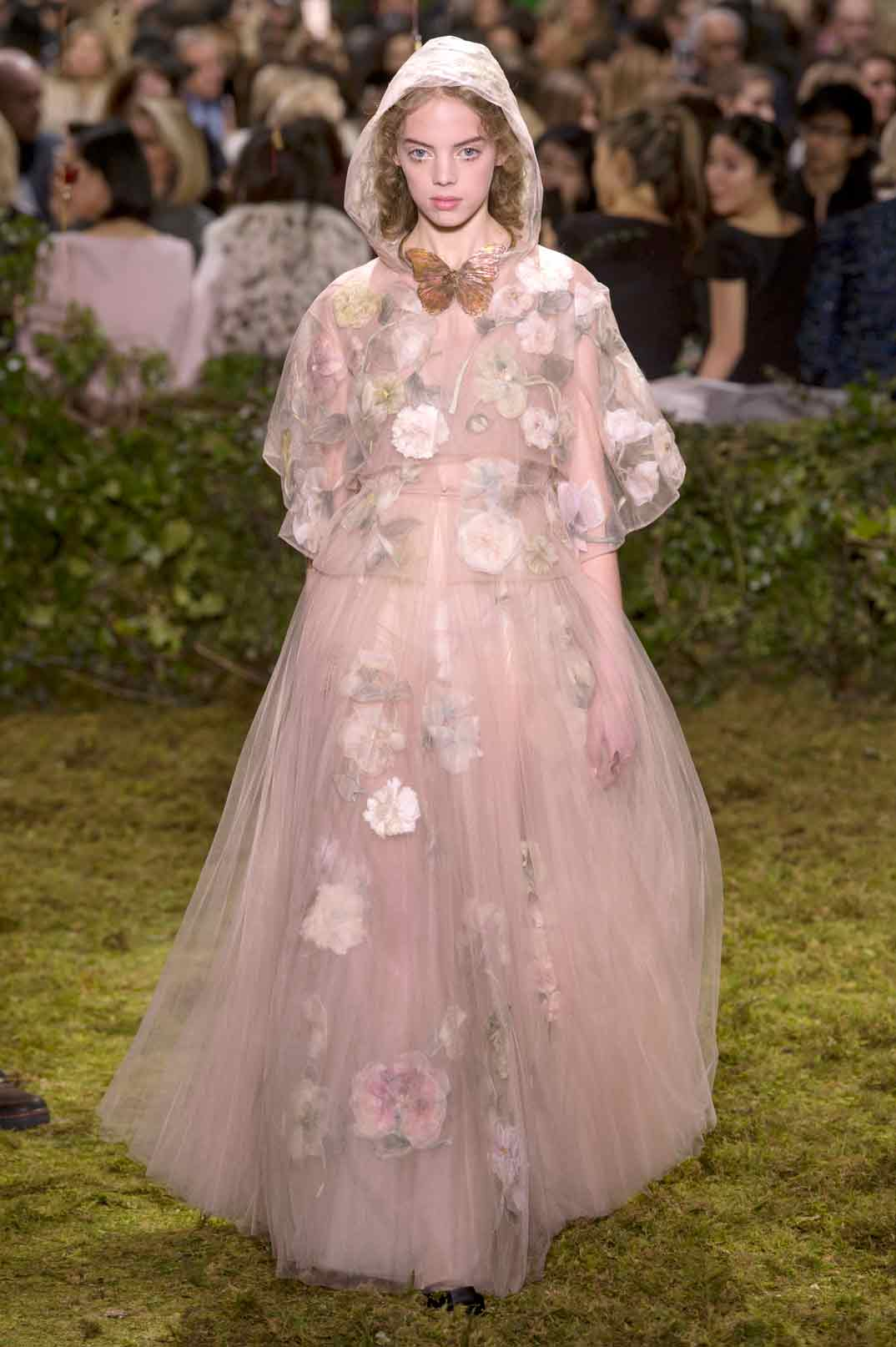 Excelente Vestido De Novia Dior Festooning - Ideas de Estilos de ...