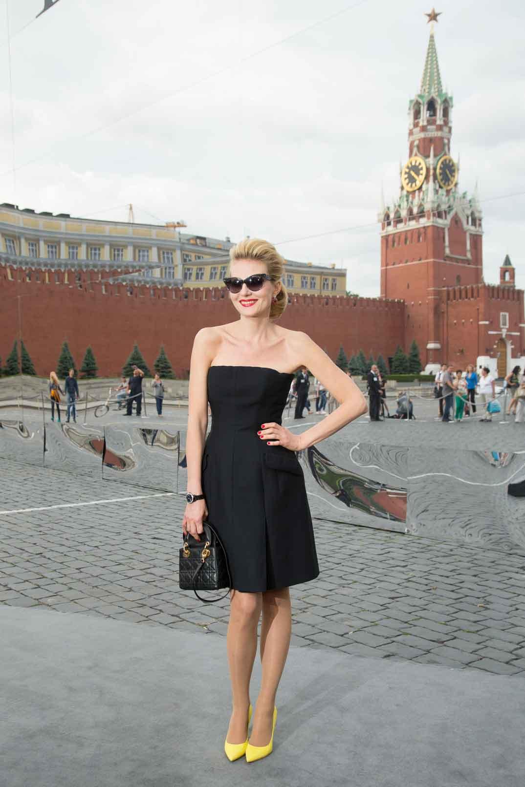 Renata-Litvinova-Photo-Viktor-Boyko-Dior-Moscow-2013