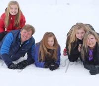 familia-real-holandesa-con-sus-hijas-2