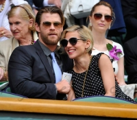 Chris-Hemsworth-y-Elsa-Pataki