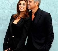 6George Clooney y Elisabetta Canalis (2010)