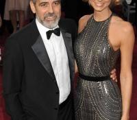 7George Clooney y Stacy Keibler (2012)