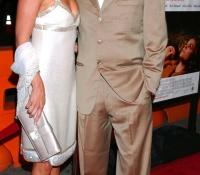 Kevin Costner y Christine Baumgartner 2005