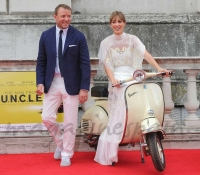 guy-ritchie-y-jacqui-ainsley-