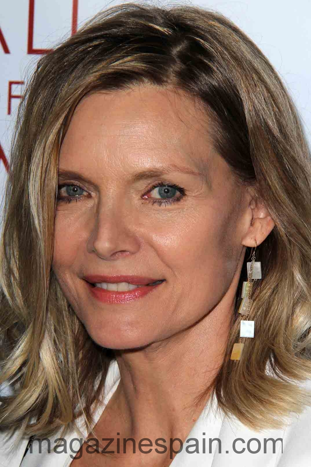 Curly Hairstyle For Women Age Over 50 Michelle Pfeiffer