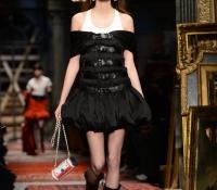 milan fashion week 2016 moschino32