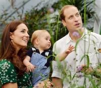 con sus padres en su primer cumpleaños julio 2014