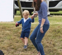 kate-middleton-con-su-hijo-en junio 2015