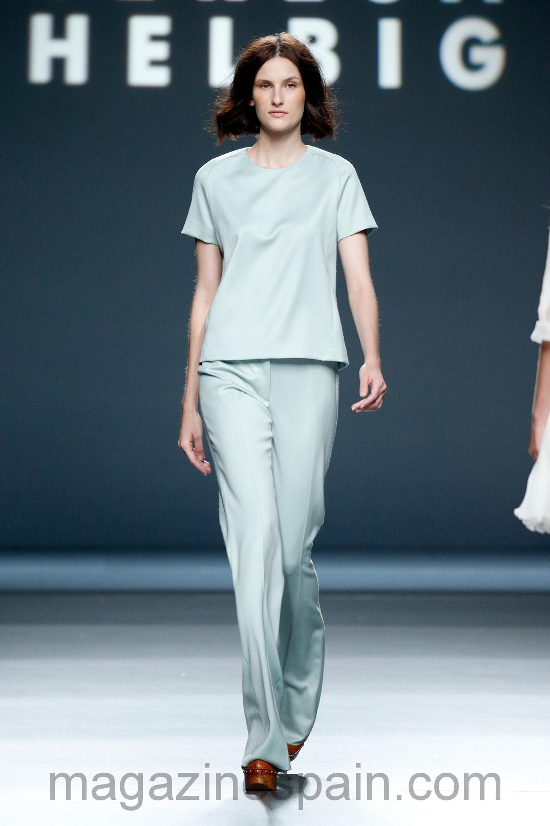 Teresa Helbig sorprende en: Mercedes Benz Fashion Week Madrid