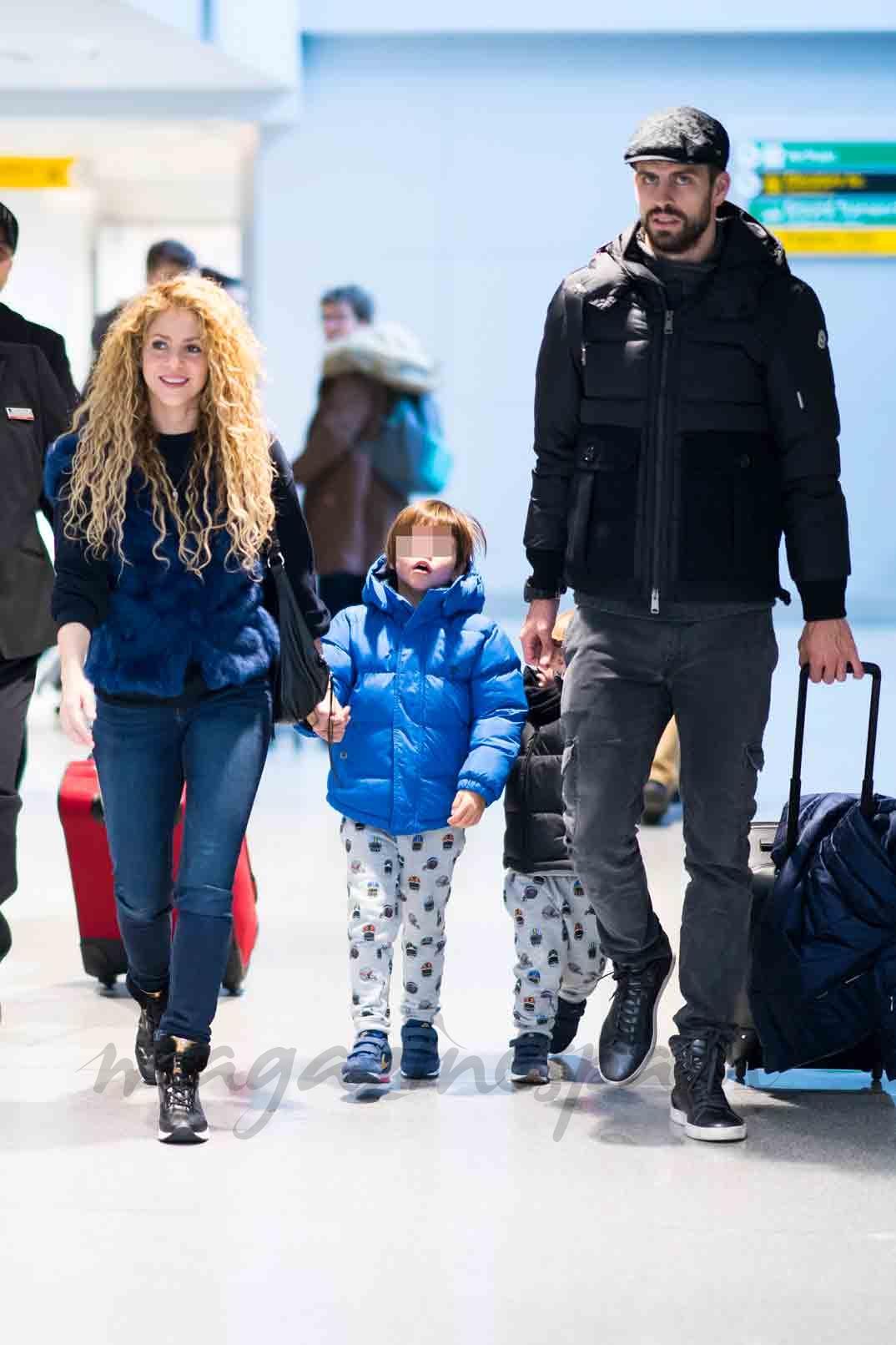 shakira y gerard pique vacaciones con sus hijos