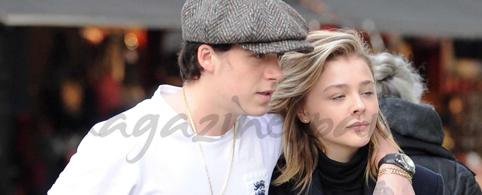 Brooklyn Beckham y Chloë Moretz, lección de estilo en Notting Hill