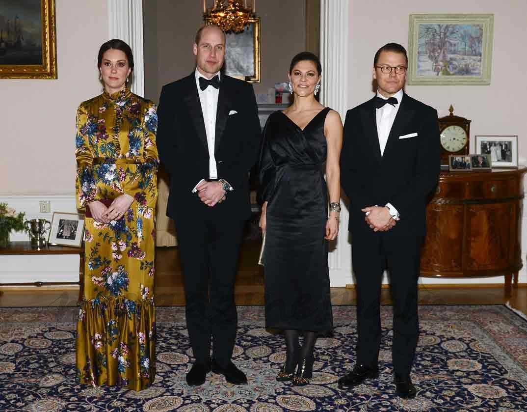 Los Duques de Cambridge con la princesa Victoria y el príncipe Daniel de Suecia