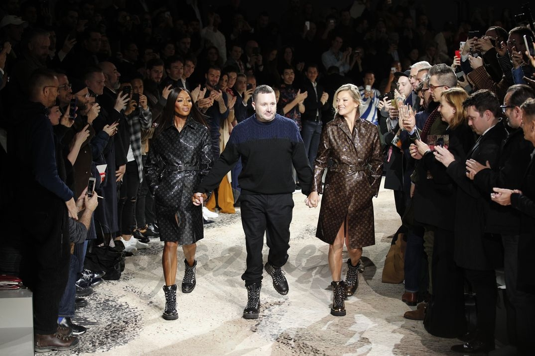 Naomi Campbell, Kim Jones y Kate Moss - Desfile Louis Vuitton