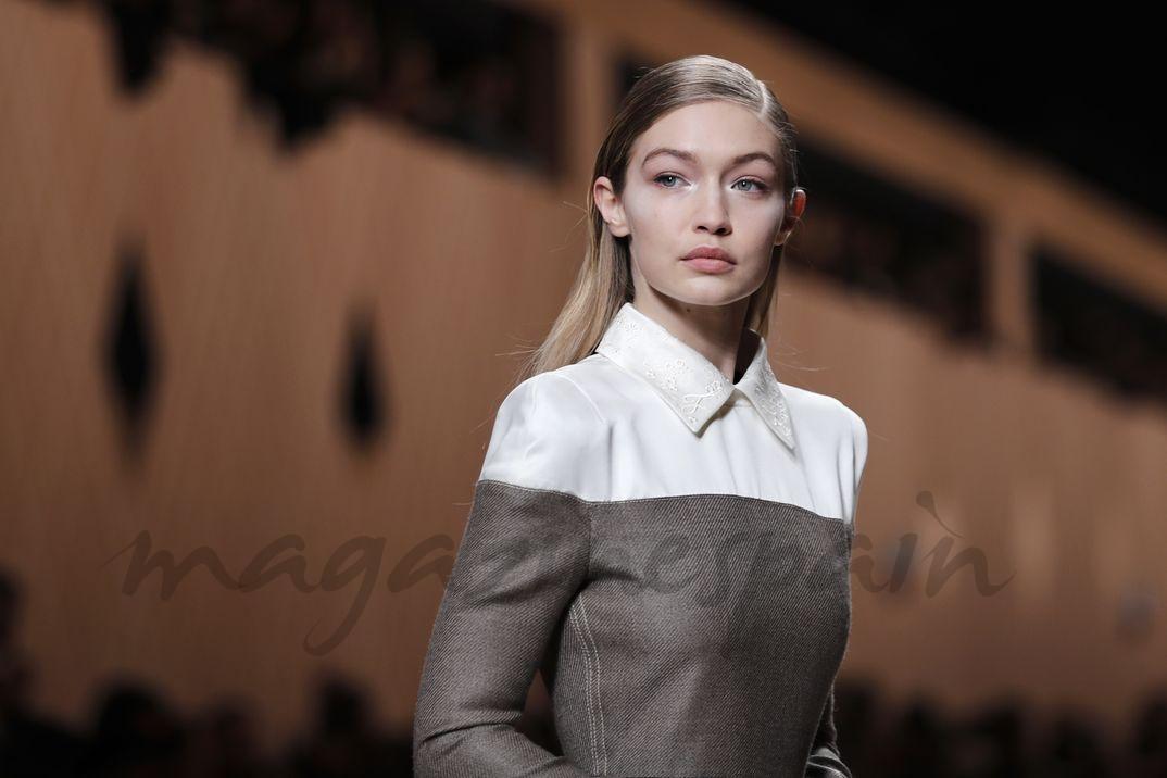 Gigi Hadid – Milan Fashion Week- Fendi – Otoño-Invierno 2018/2019