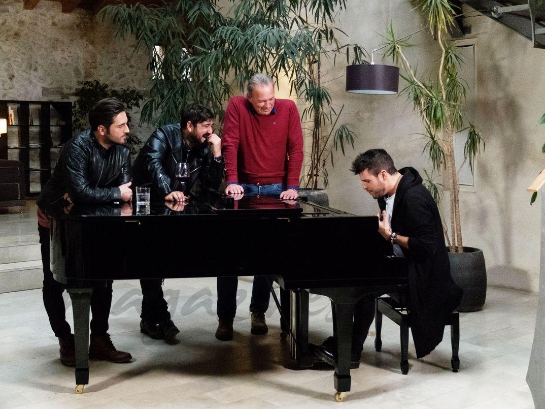 Pablo López con Bertín Osborne, David Bustamante y Antonio Orozco - Mi casa es la tuya - © Mediaset