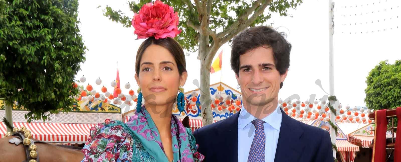 El Duque de Huéscar y su prometida se divierten en la Feria de Abril