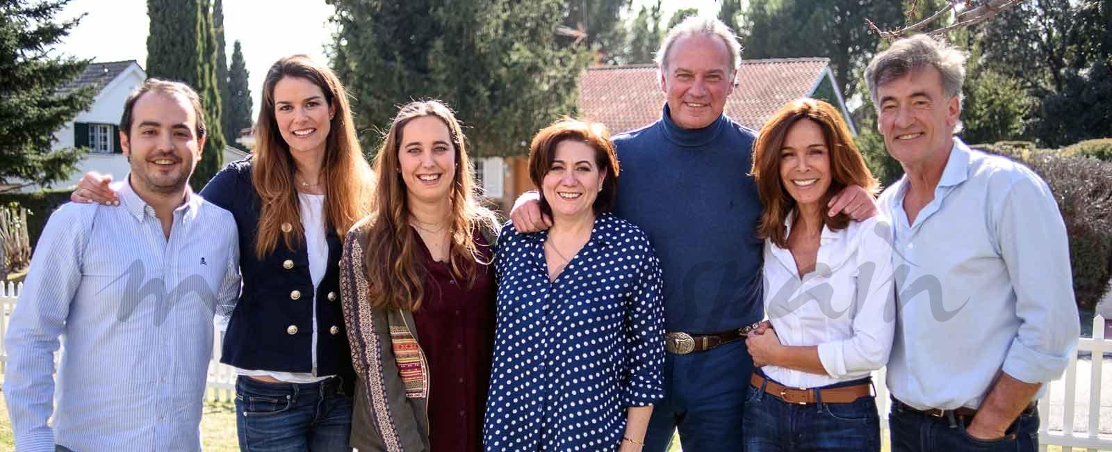 Lydia Bosch se reencuentra con sus compañeros de «Médico de familia»