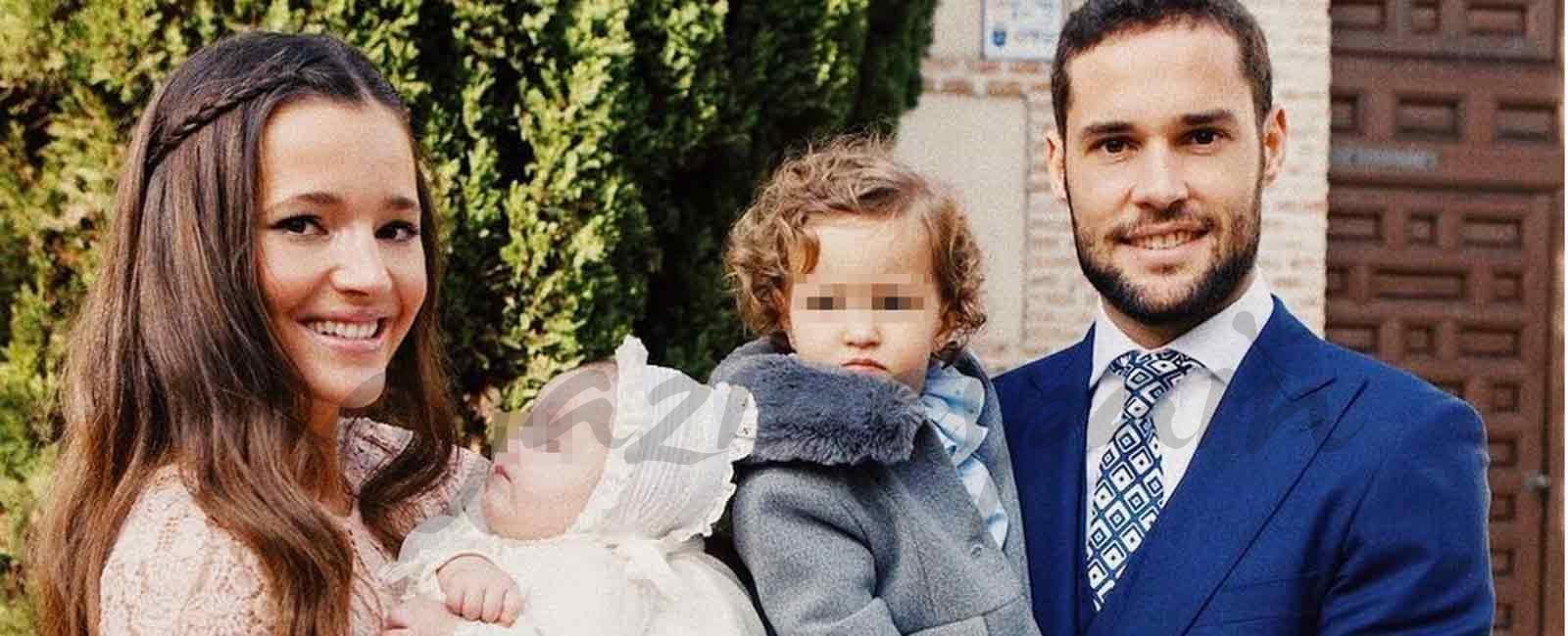 Las imágenes más tiernas del bautizo del hijo de Malena Costa y Mario Suárez