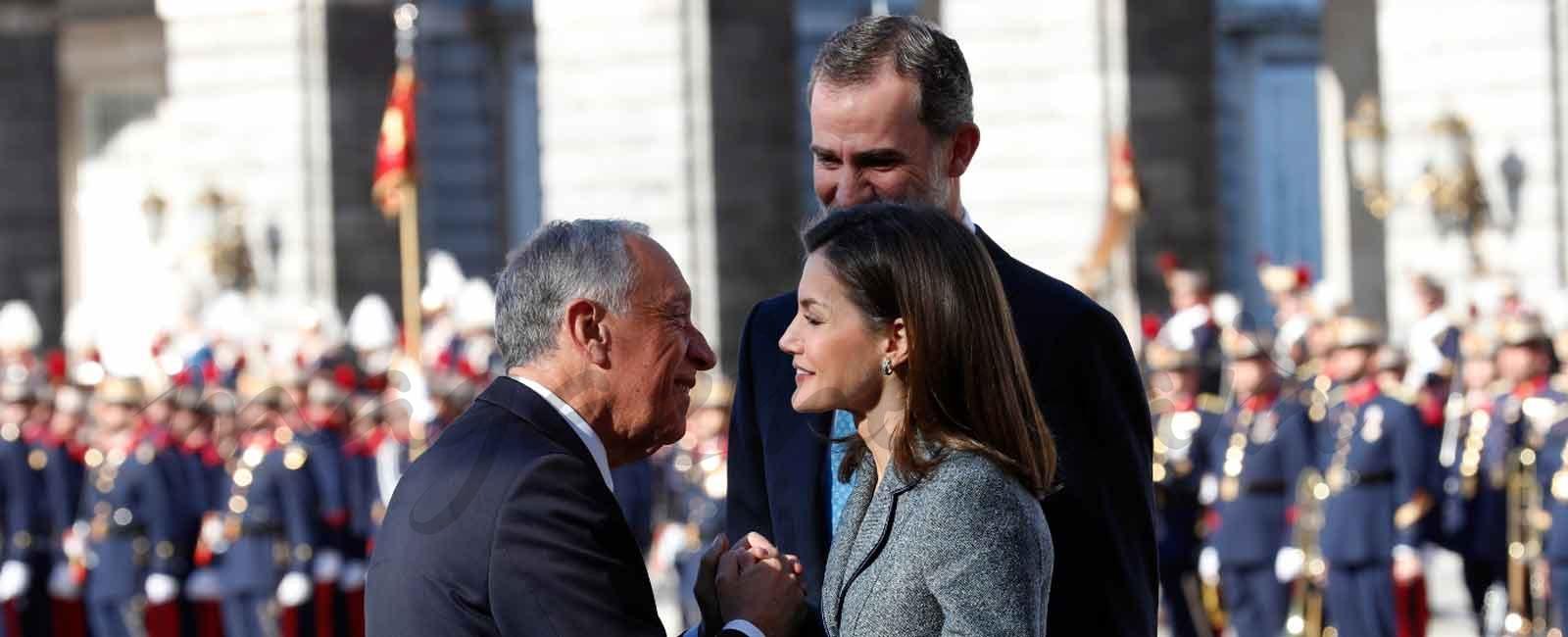 Los Reyes reciben al Presidente de Portugal