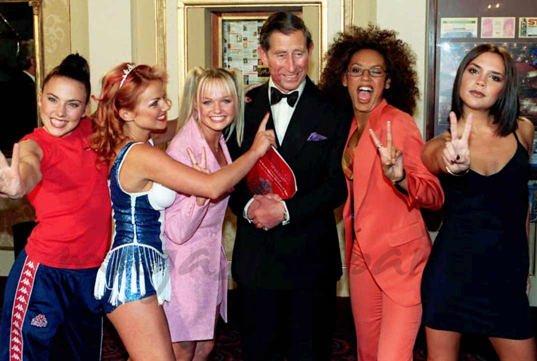 Spice Girls con el príncipe Carlos - 1997