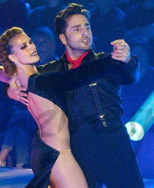El primer baile de David Bustamante y Yana Olina