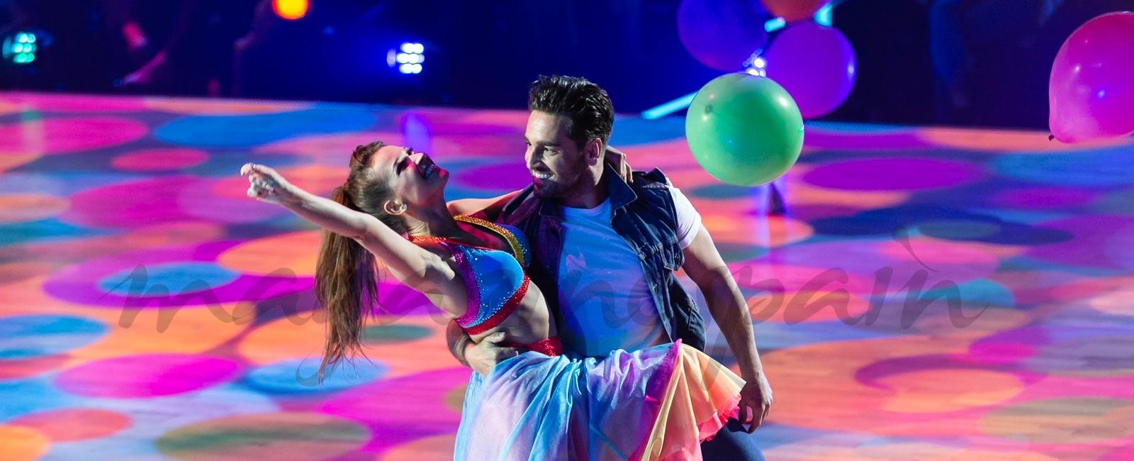 David Bustamante y Yana Olina bailan «Feliz»