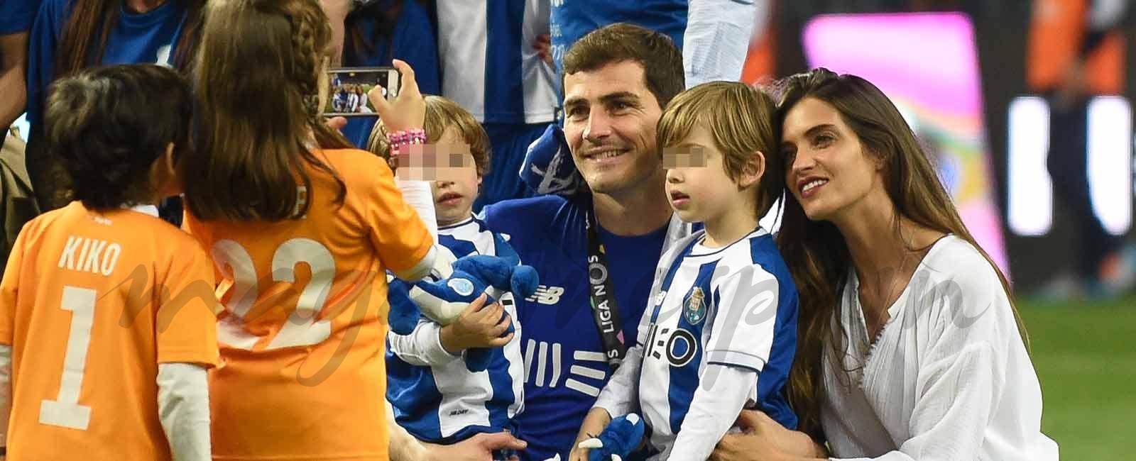Las imágenes más entrañables del nuevo triunfo de Iker Casillas con Sara Carbonero