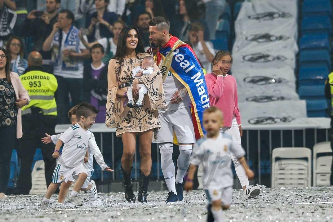 ergio Ramos y Pilar Rubio con sus tres hijos Sergio Jr., Marco y Alejandro