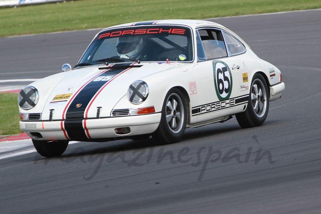Porsche 911s 66