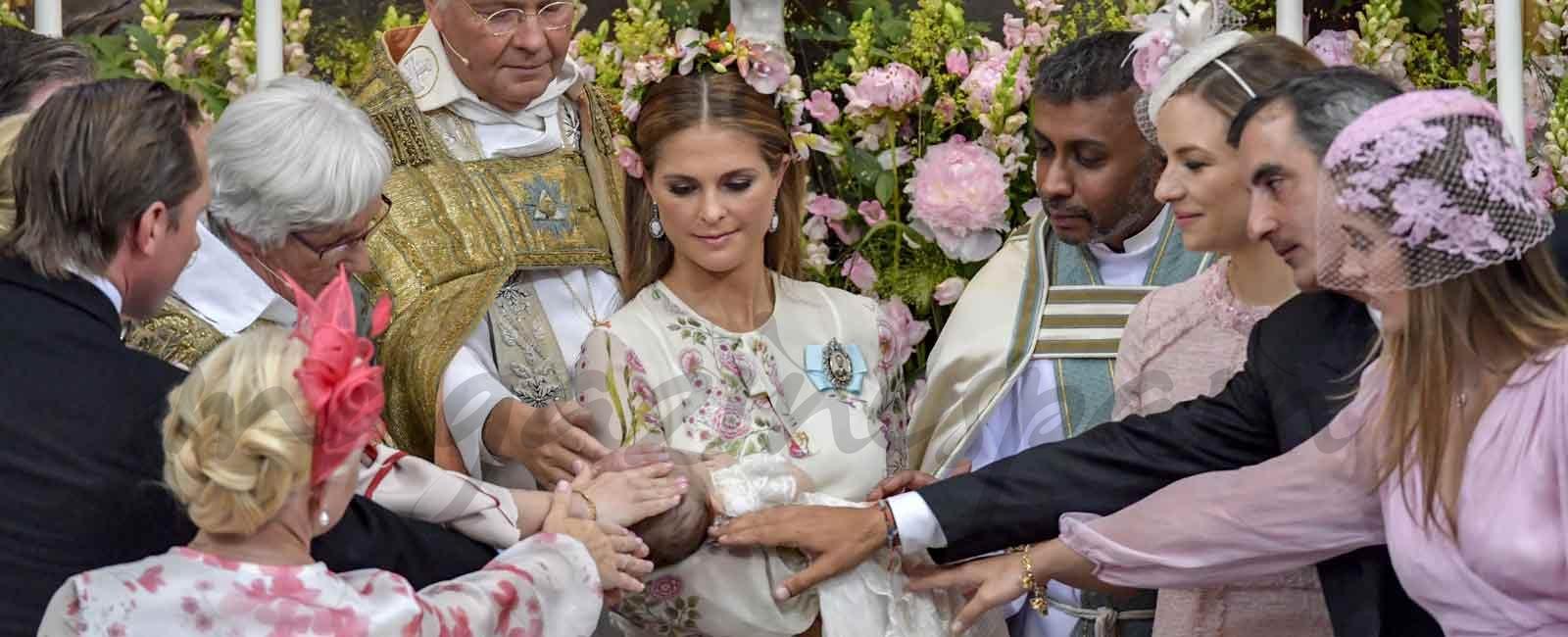 El bautizo de la princesa Adrienne de Suecia