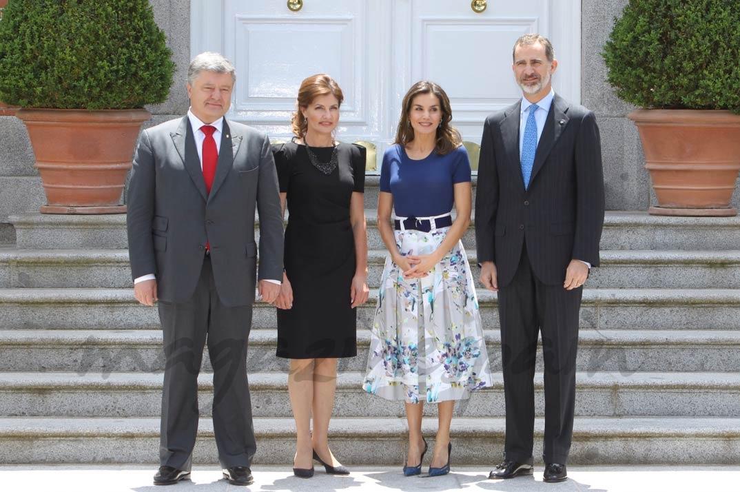 Los Reyes junto al Presidente de Ucrania, Sr. Petro Poroshenko, su esposa Maryna Poroshenko © Casa S.M. El Rey