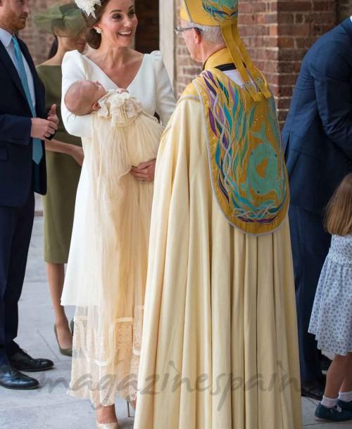Los looks de Kate Middleton, Meghan Markle y Pippa Middleton en el bautizo del príncipe Louis