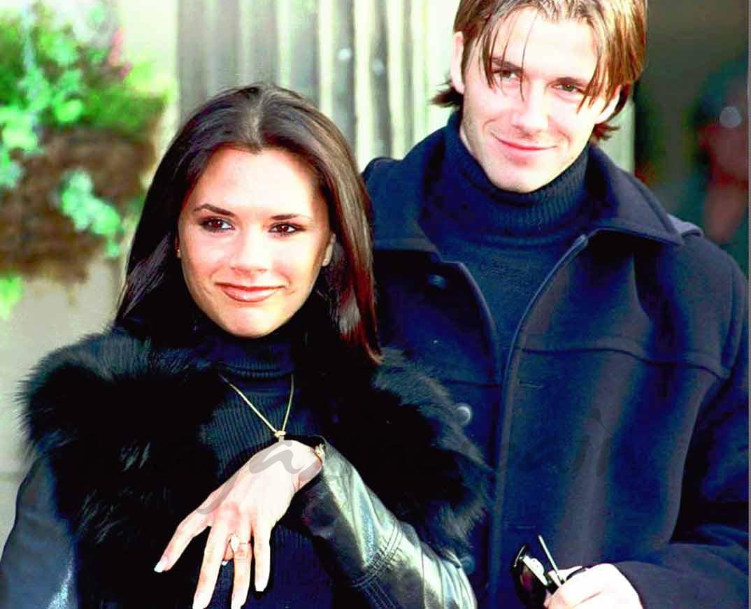 David y Victoria Beckham anuncian su compromiso - enero 1998