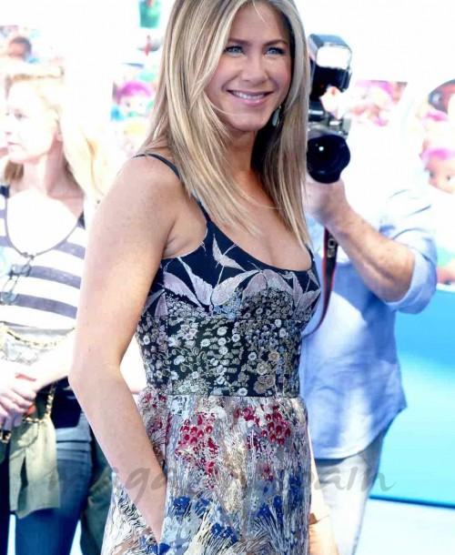 Jennifer Aniston… ¿Entre dos amores?