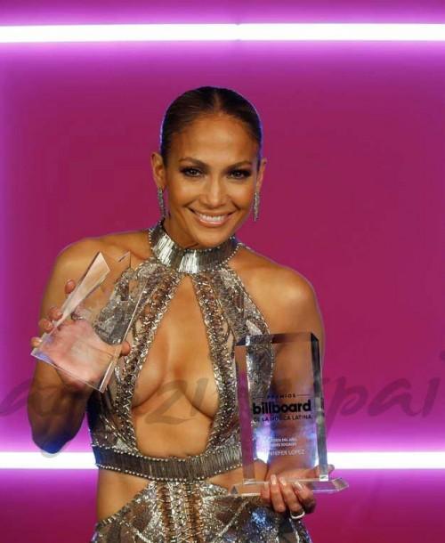 Jennifer López celebra su 49 cumpleaños presumiendo de cuerpo diez