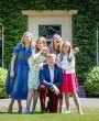 El posado de verano de Máxima de Holanda y su familia
