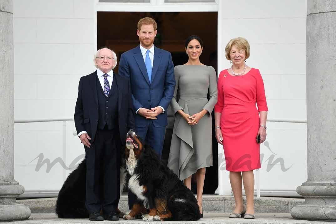 El príncipe Harry y Meghan Markle con el Presidente de la República de Irlanda y su esposa