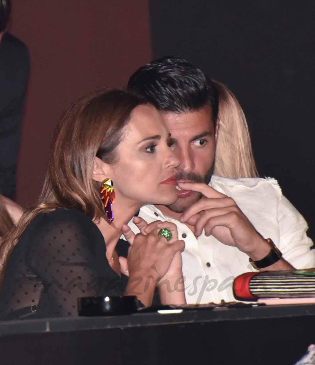 Paula EchevPaula Echevarría y Miguel Torresarría y Miguel Torres