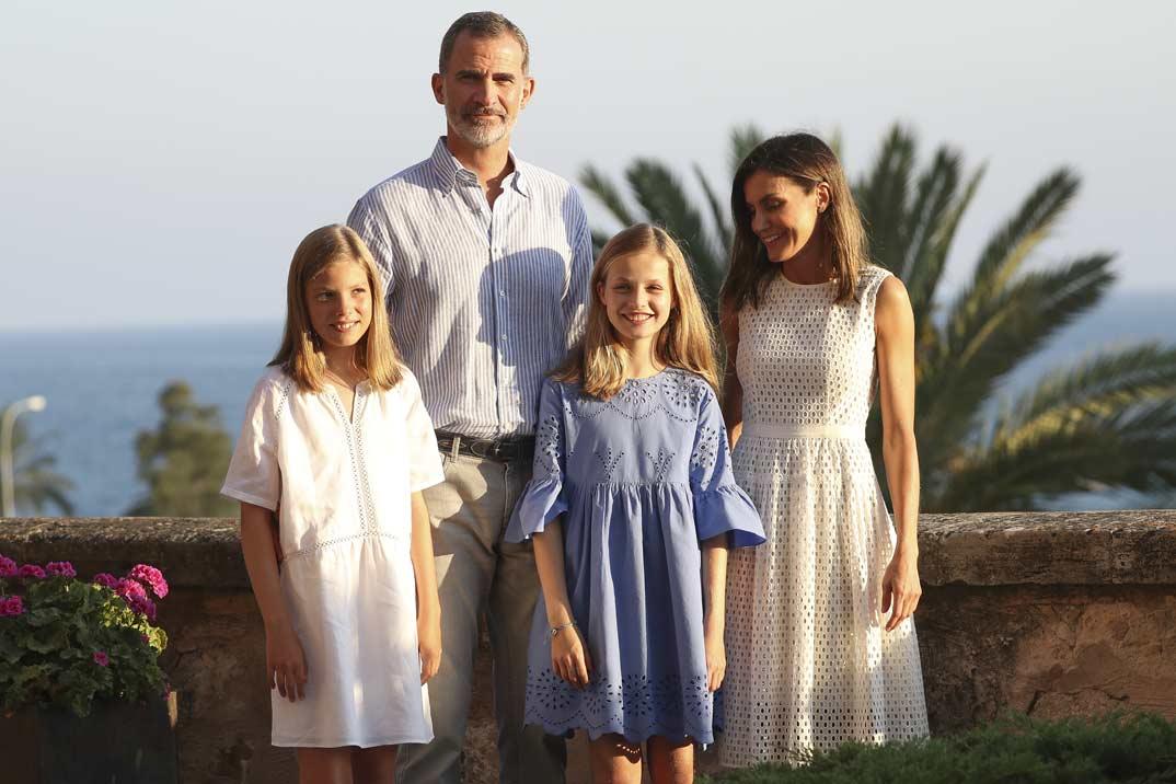 El tradicional posado veraniego de los Reyes y sus hijas en Mallorca