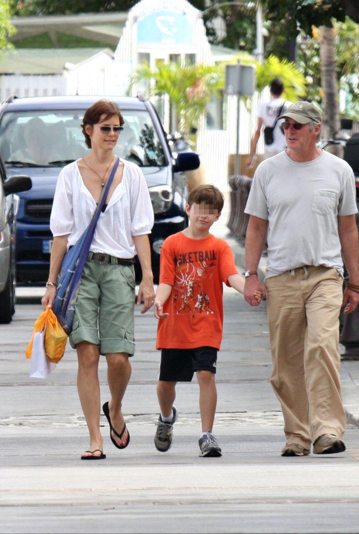Richard Gere con Carey Lowell y su hijo Homer en St. Barts - 2008